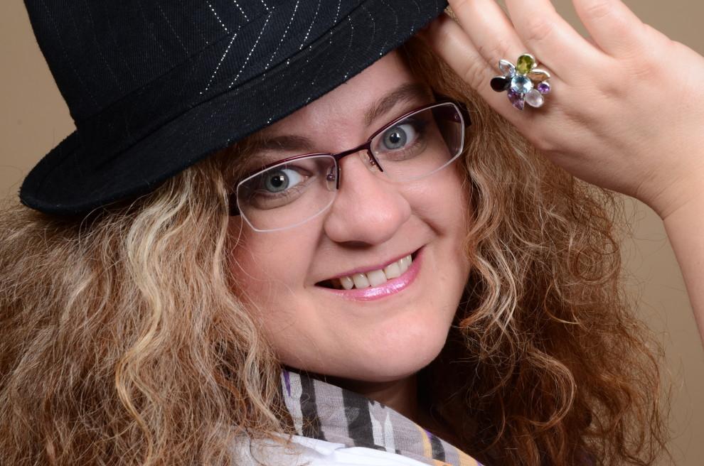 Astrid Listner - Die Songtexterin (Copyright: Finja-Nissen.com)